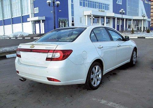 Chevrolet_Epica.jpg.1aab5b8ef1fa5e9a2bb23f7ab734eb77.jpg